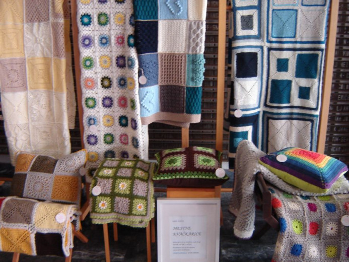 Beautiful knitted products made by the Urban Crocheters.