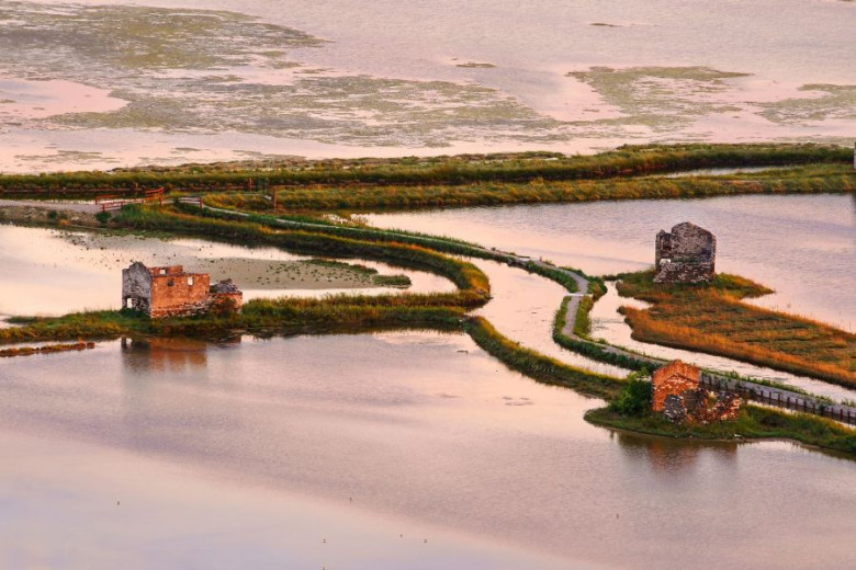 The salt pan houses